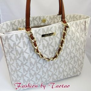 Michael Kors M Harper Tote east west pvc Handbag